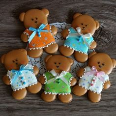 #пряничноенастроение #медовыепряники Sugar Cookie Frosting, Meringue Cookies, Sugar Cookies, Biscotti Cookies, Galletas Cookies, Cute Christmas Cookies, Christmas Gingerbread, Cookies For Kids, Fancy Cookies