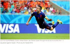 World Cup: Netherlands thrashes defending champs Spain 5-1 http://rplr.co/1ivmksm pic.twitter.com/Q7Xxyt9ex9
