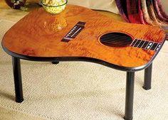 Mesa com tampo de violão - recicla é preciso