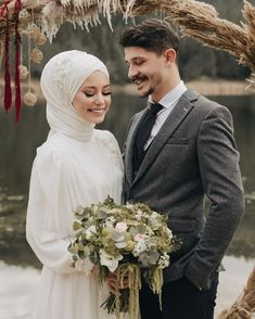 Image may contain: 2 people, wedding - Hijab Clothing Couple Wedding Dress, Wedding Couples, Wedding Bride, Wedding Ideas, Hijabi Wedding, Muslim Wedding Dresses, Wedding Hijab Styles, Couple Hijab, Hijab Bride