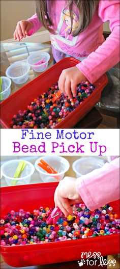 Fine Motfine mot or Skills Activity with Beads - a game that takes just a few minutes to set up and lets kids practice their fine motor skills. Preschool Fine Motor Skills, Fine Motor Activities For Kids, Motor Skills Activities, Gross Motor Skills, Preschool Learning, Sensory Activities, Preschool Activities, Teaching, Sensory Rooms
