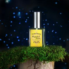 Pumpkin perfume - Majickal Moon perfume ™ perfume. Pumpkin Herb perfume spray. Perfume Gift. A ripe mysterious blend of pumpkin and alluring aromatic herbs. Cast a spell! Pumpkin has been studied, and is known as a aphrodisiac.