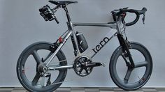 Taiwanese  folding bike specialist Tern has dropped pictures of a no expense spared  version of its 20in minivelo the Surge.  The Tern