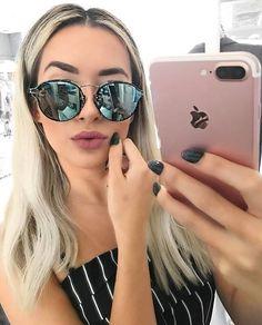 306db73ac Espelhado que amamos: Dior Eclat 😎✨ @liviabrasilc #oticaswanny #dior  Selfies,