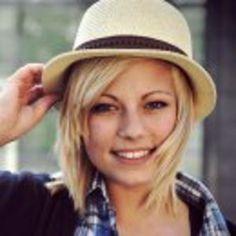 chapeau-en-paille-pour-femme.jpg (300×300)