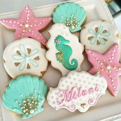 This Mermaid Theme Party Ideas got me all inspired already! If you are looking at a theme for your little girl birthday - THIS IS IT Little Mermaid Birthday, Little Mermaid Parties, Mermaid Cookies, Seashell Cookies, Clam Shell Cookies, Flower Cookies, Mermaid Baby Showers, Summer Cookies, Cute Cookies