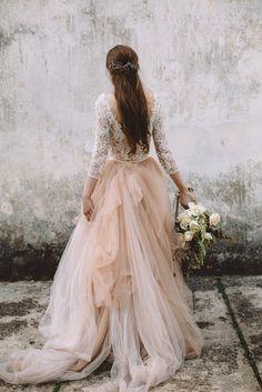 Jurgita Bridal 2017 See more here: https://jurgitabridal.com/collections/bridal-attire/products/asatrid-top