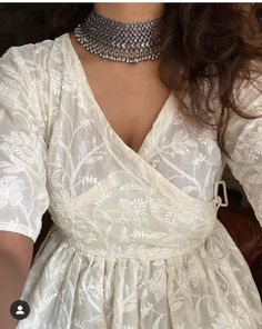 Casual Indian Fashion, Indian Fashion Dresses, Indian Gowns Dresses, Dress Indian Style, Indian Designer Outfits, Fashion Outfits, Indian Wedding Outfits, Pakistani Outfits, Indian Outfits