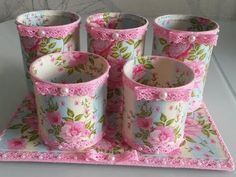 How to make decoupage tin and plastic .- Как сделать декупаж жестяных и пластиковых … How to make decoupage tin and plastic jars, inside the can and outside? Where can I apply them? Watch the video and learn one of the options. Tin Can Crafts, Jar Crafts, Diy And Crafts, Crafts For Kids, Arts And Crafts, Decoupage Tins, Art Books For Kids, Diy Storage Boxes, Recycle Cans