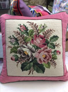 Floral tapestry made into a cushion in Jolly Red's Somerset workshop. Embroidery Hearts, Embroidery Monogram, Embroidery Hoop Art, Machine Embroidery, Crochet Purse Patterns, Cross Stitch Patterns, Needlepoint Pillows, Cross Stitch Flowers, Stud Earrings