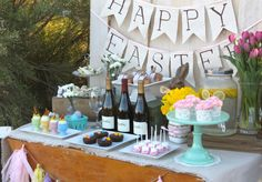 How cute is this Easter Sunday Brunch Table?