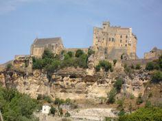 Kasteel en kathedraal bij Beynac