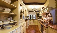 Home Tour - Okouzlení Francií v jihočeské chalupě #home #bydleni #homebydleni #tour #design #architecture
