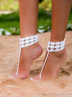 White crochet barefoot sandal Bridal shoes Foot jewelry Footless sandals Anklet…