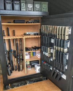 Airsoft hub is a social network that connects people with a passion for airsoft. Talk about the latest airsoft guns, tactical gear or simply share with others on this network Weapons Guns, Guns And Ammo, Airsoft Guns, Ammo Storage, Weapon Storage, Gun Safe Accessories, Gun Safe Room, Reloading Room, Gun Vault