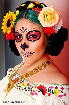 Sugar skull face painting, pared down version Sugar Skull Costume, Sugar Skull Makeup, Sugar Skull Art, Sugar Skulls, Catrina Costume, Candy Skulls, Looks Halloween, Halloween Face Makeup, Fantasy Makeup