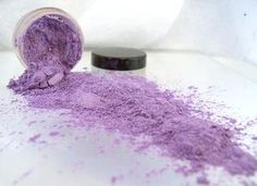 The All Natural Face - my favorite eye shadows!
