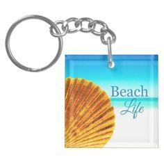 Beach Seashell Keychain: http://www.beachblissdesigns.com/2015/07/beach-scallop-seashell-keychain.html