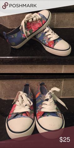 Ralph Lauren Kids Floral Sneakers! Ralph Lauren Kids (Girls) Floral Sneakers! Ralph Lauren Shoes Sneakers