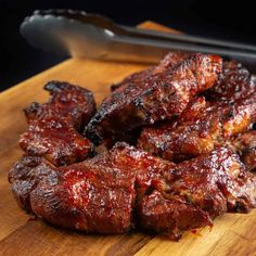 Learn how to cook finger-licking, deliciously tender Instant Pot Country Style Ribs (Pressure Cooker Country Style Ribs)! Your family will love these flavorful, meaty, caramelized BBQ Country Style Ribs. Best Instant Pot Recipe, Instant Pot Dinner Recipes, Instant Recipes, Pressure Cooker Recipes, Pressure Cooking, Rib Recipes, Cooking Recipes, Ninja Recipes, Steak Recipes