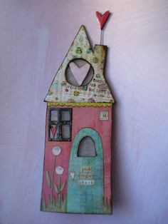 tHe piNk sUgAr sHaCk #14  a festive valentine house nightlight that celebrates a household of LOVE  and KISSES!    composed of papier mache