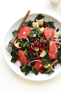 AMAZING Citrus Kale Salad! Just 30 minutes and a simple red wine vinaigrette! #vegan #glutenfree