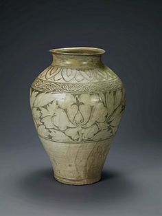 Jar with peony decoration. Korean, Joseon dynasty (1392-1910); first half of the 15th century. Buncheong with inlaid design. Leeum,