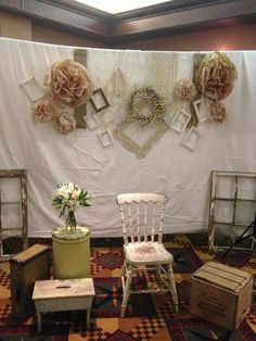 Vintage DIY photo booth for my wedding