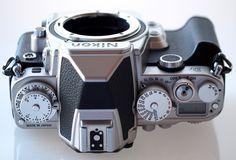 highres-Nikon-Df-DSLR-Silver-7-Custom_1383594957.jpg (1600×1085)