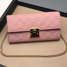 70fe389180b Gucci Padlock Signature Leather Continental Chain Wallet Bag 453506 Pink  2017
