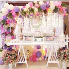 baby shower ideas for girls and boys. Baby shower decorations and baby shower decor Balloon Garland, Balloon Decorations, Birthday Decorations, Baby Shower Decorations, Wedding Decorations, Idee Baby Shower, Girl Shower, Baby Shower Parties, Unicorn Birthday Parties