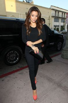 A casually dressed Eva Longoria...love the shoes with all black.