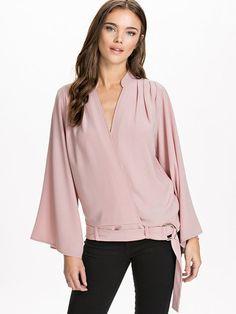 Wrapped Blouse - Nly Design - Rosa - Blusar & Skjortor - Kläder - Kvinna - Nelly.com