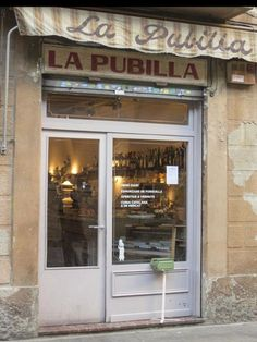 For a rich, hearty breakfast in Barcelona, head to La Pubilla!