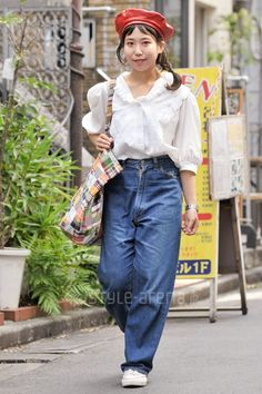 Reiko | used Levi's CASIO CONVERSE | 3rd week  Sep. 2016 | Harajuku | Tokyo Street Style | TOKYO STREET FASHION NEWS | style-arena.jp