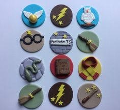 This listing is for 12 Harry Potter inspired cupcake toppers. Lots of details on these cute designs!  12 designs - 2 in diameter     They are made of a mixture of white chocolate/fondant and some are made from chocolate fondant which gives them a great taste and a little softer bite than an all fondant topper. All chocolate/fondant designs should be kept at room temperature in a dry location and out of sunlight so they dont fade until you are ready to use.