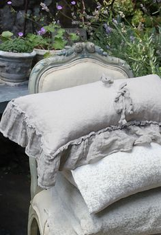 French Linens www.EclecticPelican.ca https://twitter.com/EclecticPelican pinterest.com/eclecticpelican instagram.com/antiques