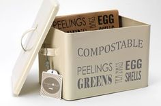 Burgon and Ball - Compost Bin - In Jersey Cream. An attractive stylish bin which does not need to be hidden under the sink. Looks great and use it to improve your garden.
