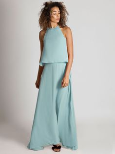 The Havana Top is an awesome top for bridesmaids and goes the perfect skirt, the long marine skirt which is comfortable and fun.
