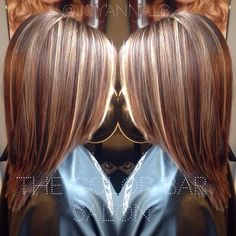 Caramel and platinum highlights. Traditional highlight. Blonde hair with lowlights