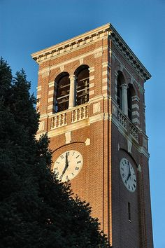 Campanile on the campus of the University of Northern Iowa in Cedar Falls, Iowa Cedar Falls Iowa, University Of Northern Iowa, See Movie, Iowa Hawkeyes, Iowa State, Local Events, New Opportunities, During The Summer, East Coast