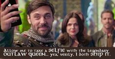Awesome he's taking a selfie with #OutlawQueen #OnceUponATime #OUAT