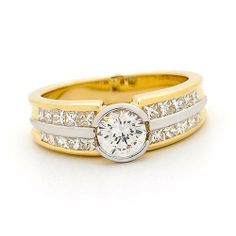 Engagement Rings Yellow Gold 17