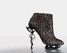 Anastasia Radevich's   kinetik collection - fashion technology, creative shoe design