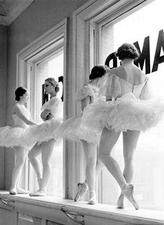 George Balanchine's School of American Ballet. 1936.