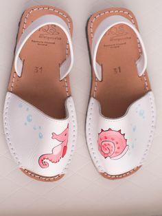 c1a86273c94 Classic painted children Sandals