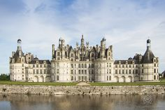 CLICK THIS PIN to see more romantic Chambord Chateau France Honeymoon photos, castle, wedding photos, Paris. Honeymoon Chateau Chambord, France