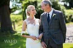 Stunning photograph from one of last weekends weddings #parsleyandsage #weddingflowers #weddingflorist