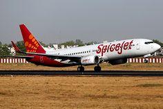 Индийский лайнер прервал полет из-за вони из туалета http://mnogomerie.ru/2017/03/06/indiiskii-lainer-prerval-polet-iz-za-voni-iz-tyaleta/  Лайнер индийской авиакомпании SpiceJet, следовавший из Бангалора в Нью-Дели, совершил незапланированную посадку в Хайдарабаде из-за исходящего из туалета неприятного запаха. Об этом сообщает Hindustan Times. Инцидент произошел во время рейса SG-192, выполнявшегося на лайнере Boeing 737 в воскресенье, 5 марта. Отмечается, что в какой-то момент в салоне…