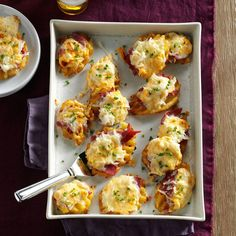 Reuben Waffle Potato Appetizers Potato Appetizers, Appetizer Dips, Appetizers For Party, Appetizer Recipes, Party Recipes, What Is Corned Beef, Corned Beef Brisket, Thing 1, Irish Recipes